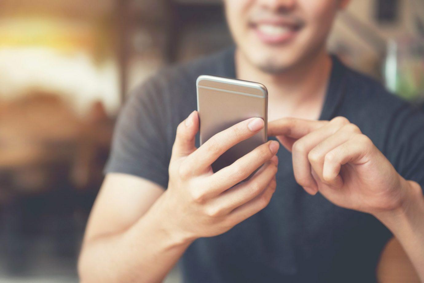 En MobiDoc Reparamos Tu iPhone Frente A Vos